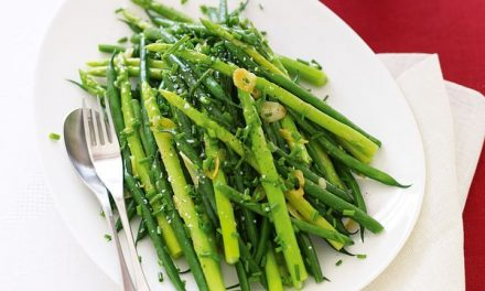 Asparagus in Garlic Sauce