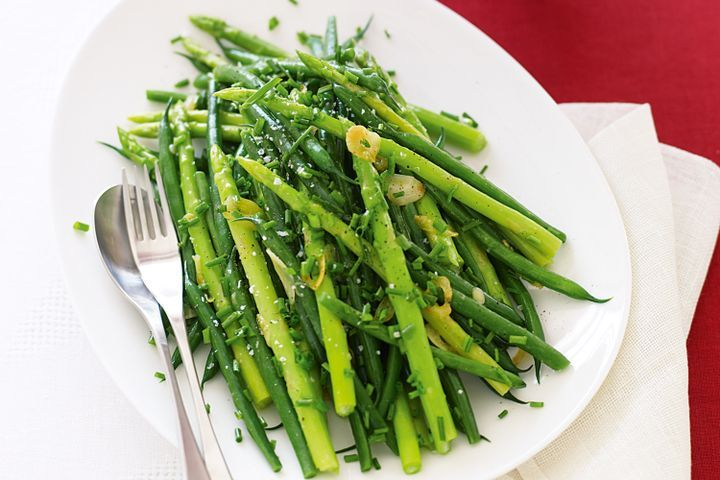 Asparagus in Garlic Sauce