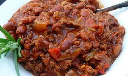 Beef Chili with Onions