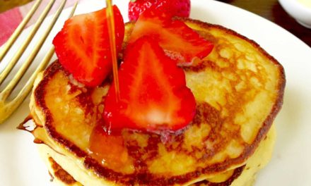 Strawberry Pancakes with Cinnamon