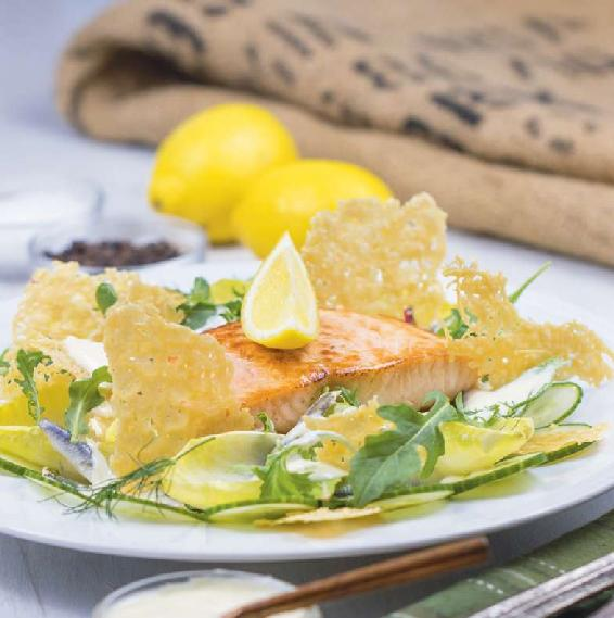 CAESAR SALAD WITH SEARED SALMON & PARMESAN CRISPS