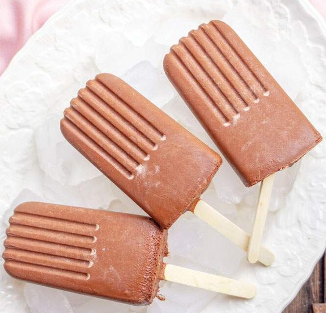 CHOCOLATE RASPBERRY ICE POPS